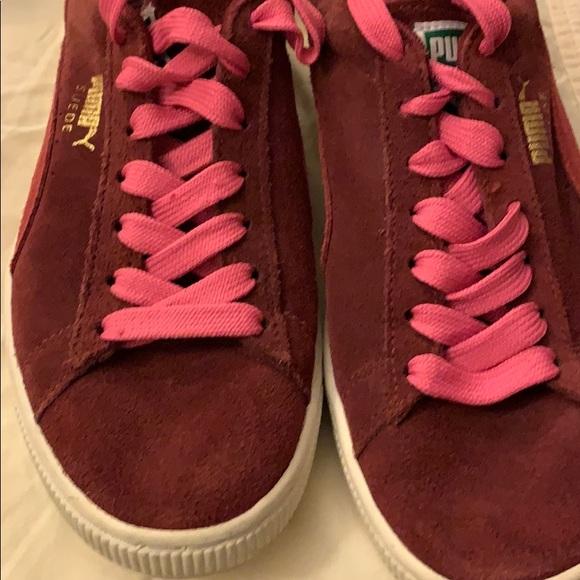 Puma Shoes - Suede puma sneakers